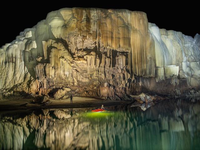 tham-khoun-xe-cave